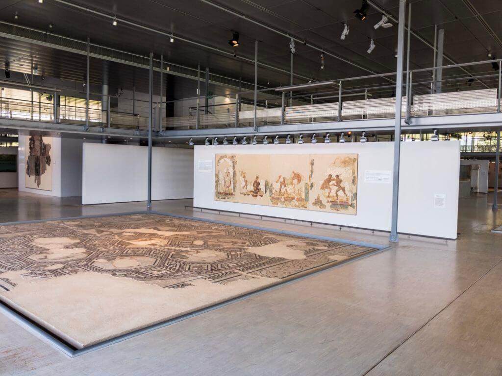 ガロ・ローマ博物館の内装